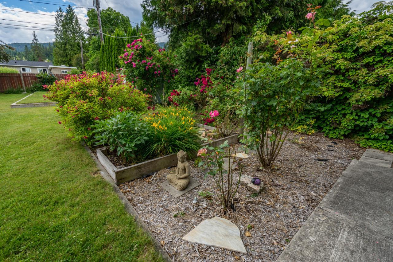 Listing 2453067 - Thumbmnail Photo # 10