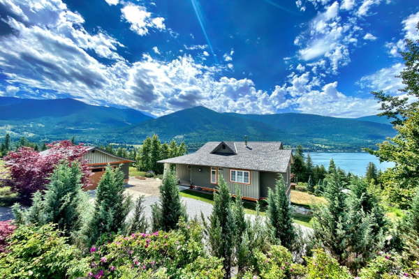6753 EAGLEVIEW LANE, Nelson