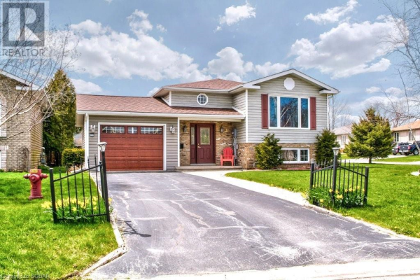 26 COUNTRY CRESCENT, Meaford
