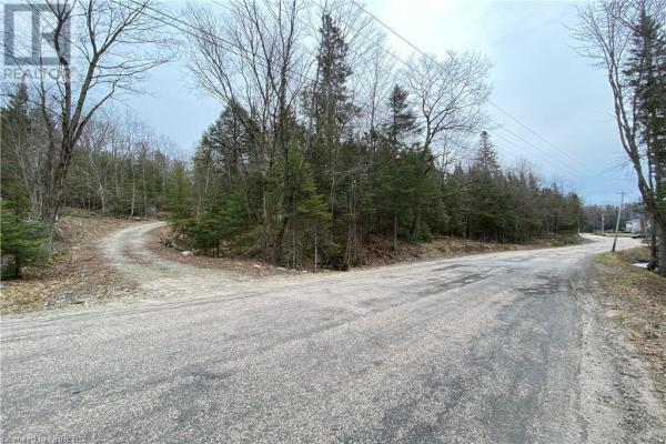 200 SMITH ROAD, North Bay