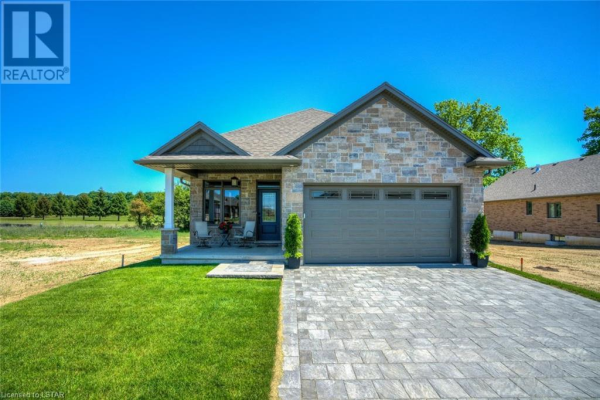 159 COLLINS WAY #28, Strathroy