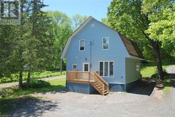 35 FOREST STREET, Parry Sound
