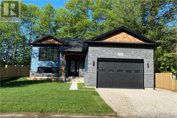 44 NANCY STREET, Wasaga Beach