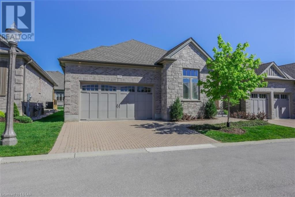 725 EAGLETRACE DRIVE #28, London