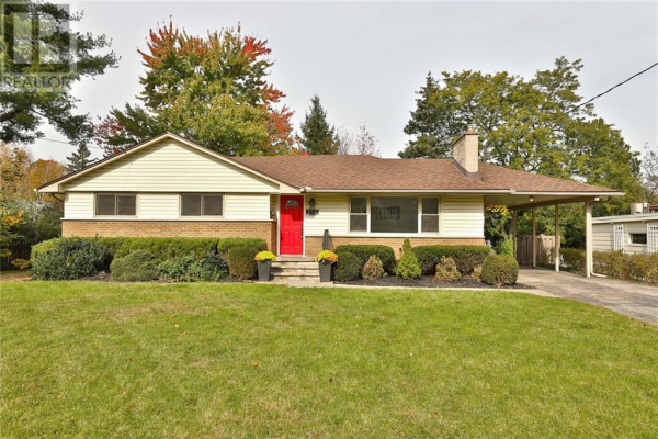 457 Evergreen Avenue, Ancaster