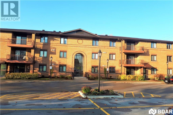 114 -  10 Coulter Street, Barrie
