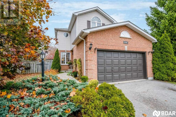 24 Chalmers Drive, Barrie