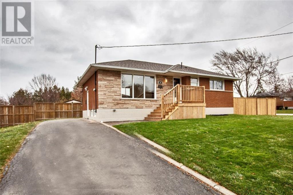 44 WOODSVIEW Avenue, Grimsby