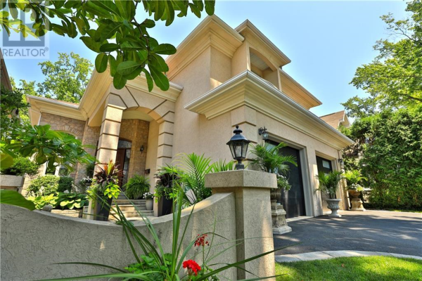 79 West Street, Oakville