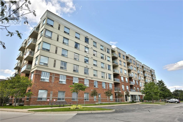309 -  5070 Fairview Street, Burlington