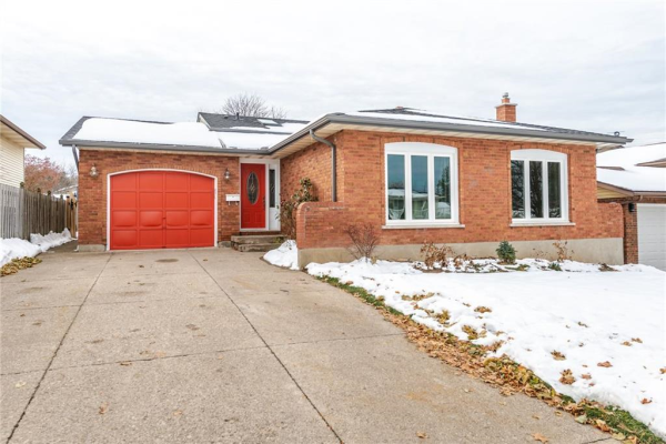 10 Via Dell Monte ., St. Catharines