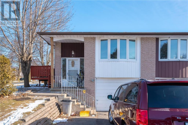 2 BRECKENRIDGE Drive, Kitchener