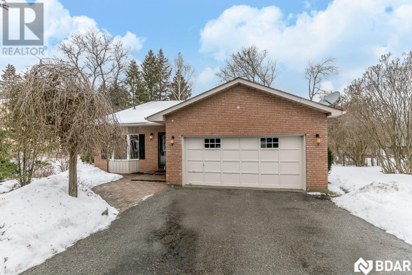 798 Lockhart Road, Barrie