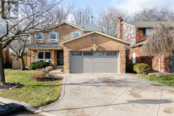 3221 RAINBOW Court, Burlington