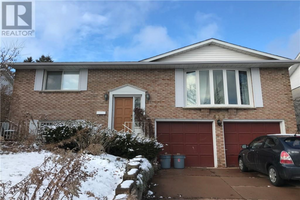 415 Lakeview Drive, Waterloo