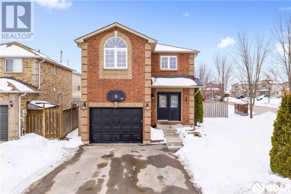 1 BOOTH Lane, Barrie
