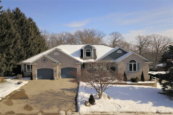3 PICKWICK Place, Fonthill