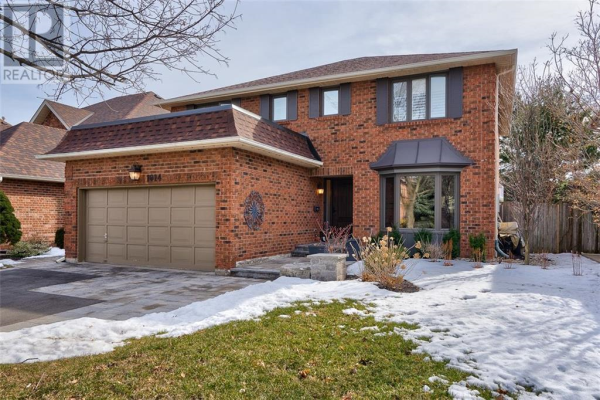 1014 Oak Meadow Road, Oakville