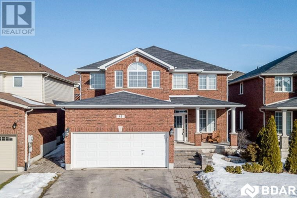 42 SOVEREIGNS Gate, Barrie