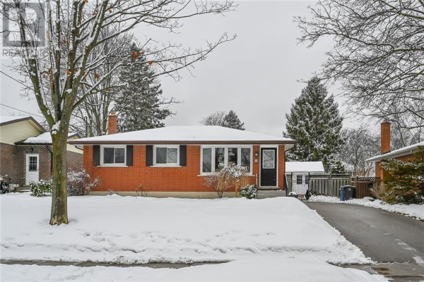 52 Cheltonwood Avenue, Guelph