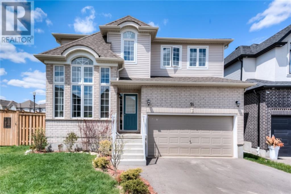 51 VALLEYSCAPE Drive, Kitchener