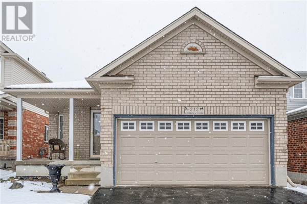 212 COLTON Circle, Kitchener