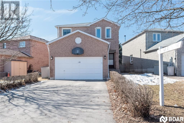 18 WALLACE Drive, Barrie