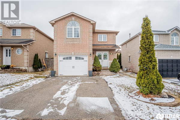 13 BOOTH Lane, Barrie