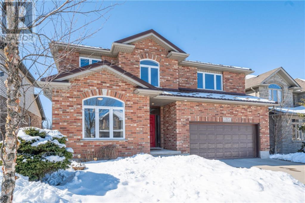 517 Wood Nettle Way, Waterloo