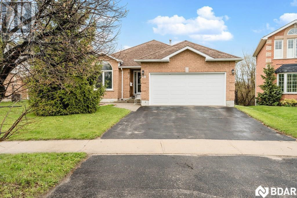 28 Chalmers Drive, Barrie