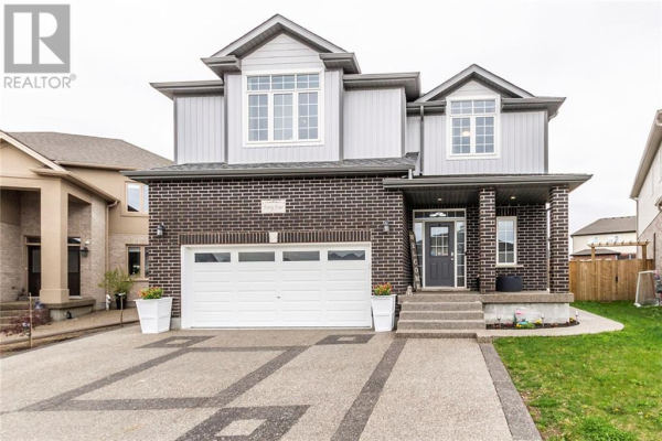 44 VALLEYSCAPE Drive, Kitchener