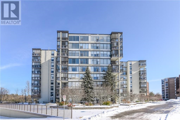 908 -  23 Woodlawn Road E, Guelph
