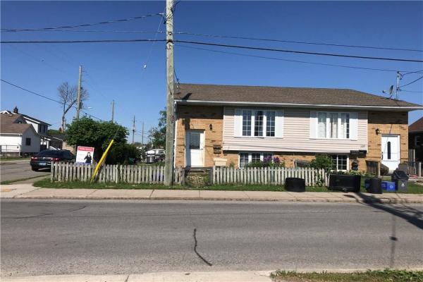 103 VINE Street S, St. Catharines