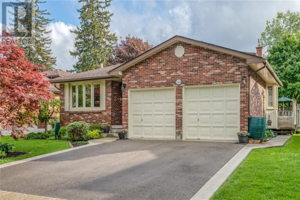 320 Forestlawn Road, Waterloo