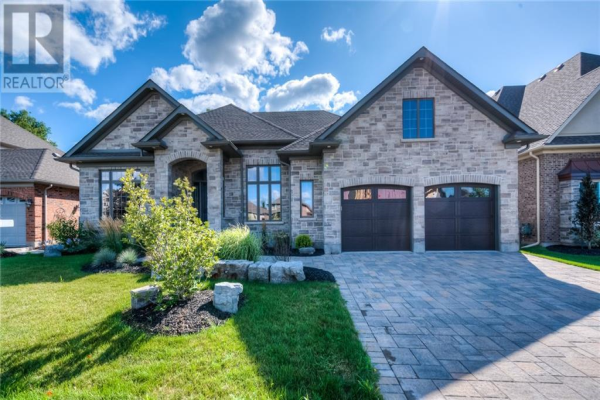 36 Pioneer Ridge Drive, Kitchener
