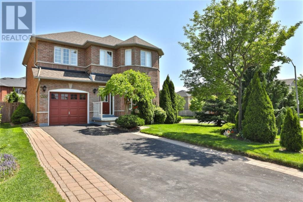 2100 GOLDEN ORCHARD Trail, Oakville