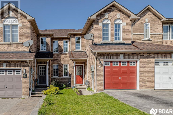 93 Hawthorne Crescent, Barrie