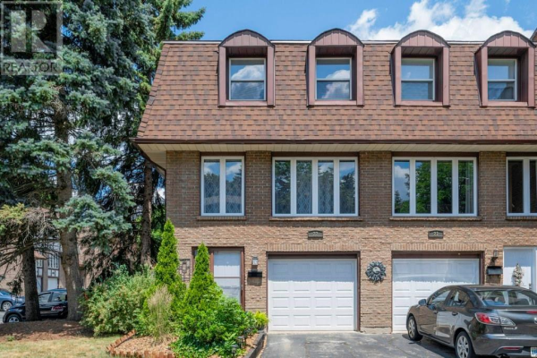 22 -  49 CEDARWOODS Crescent, Kitchener