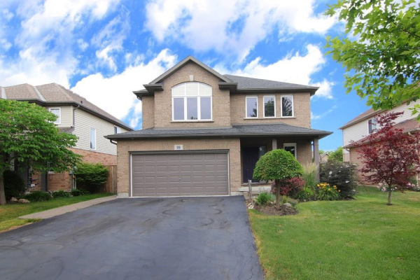 99 LORETTA Drive, Niagara-on-the-Lake