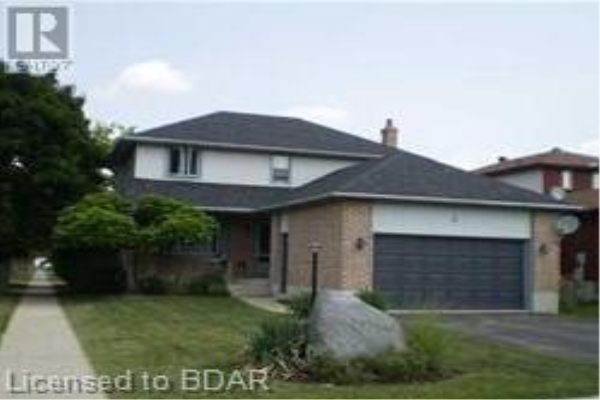 2 HOPKINS Road, Barrie