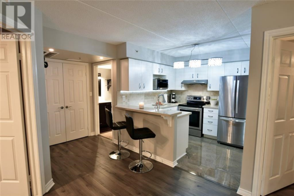 1440 Bishops Gate Unit# 208, Oakville