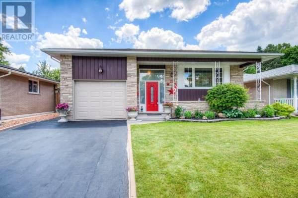 27 Ramblewood Way, Kitchener