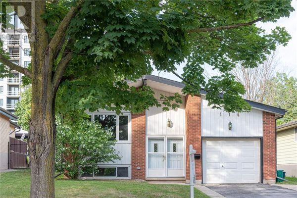114 Coach Hill Drive, Kitchener