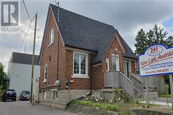 241-247 Ottawa Street S, Kitchener