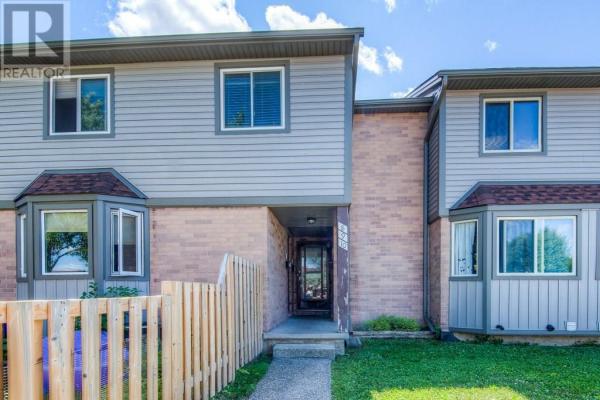 9 -  700 Erinbrook Drive, Kitchener