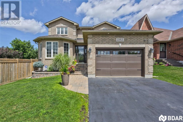 6 FENCHURCH Manor, Barrie