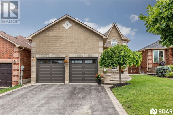 8 CLAIRE Drive, Barrie