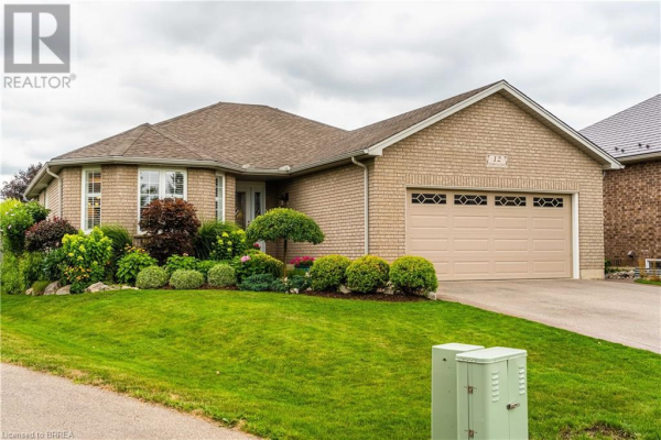 12 KIMBERLY Court, Brantford