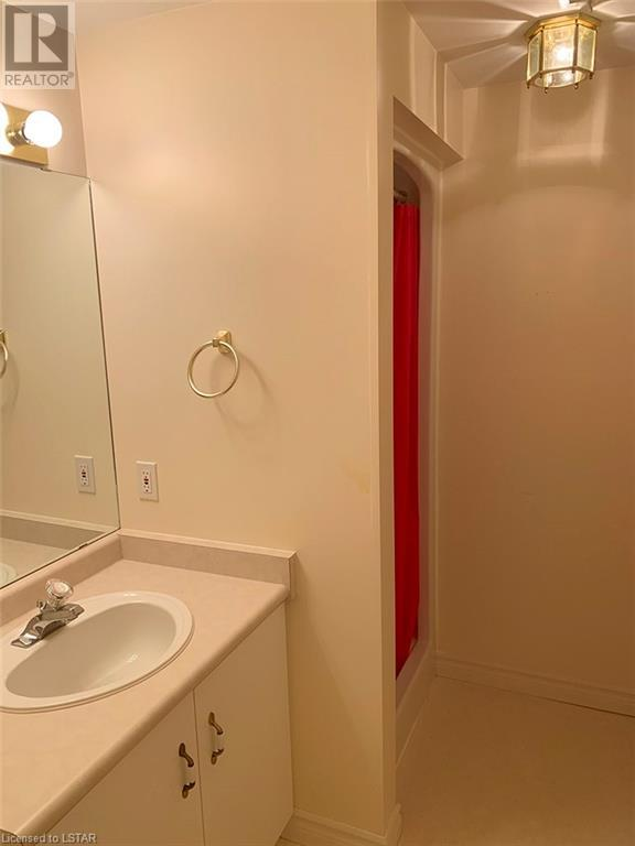 Listing 40009271 - Thumbmnail Photo # 14