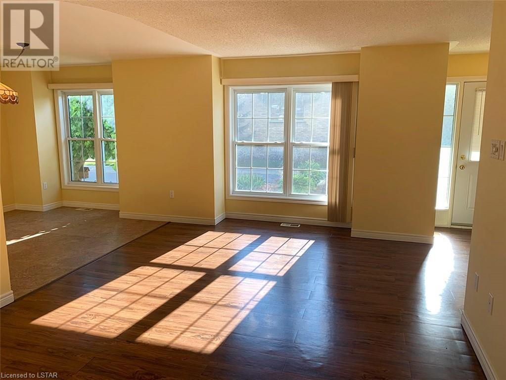 Listing 40009271 - Thumbmnail Photo # 5
